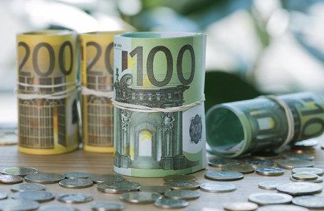 БанкиРФ ввезли рекордные объемы евро нафоне сомнения санкций США