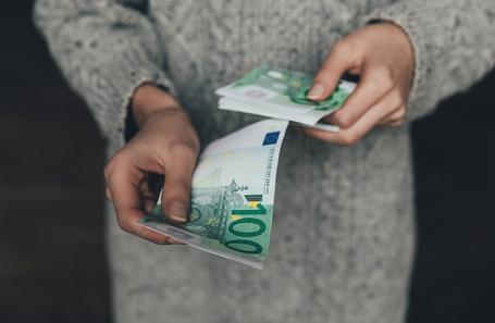 Осенью жители России забрали изСбербанка $900 млн