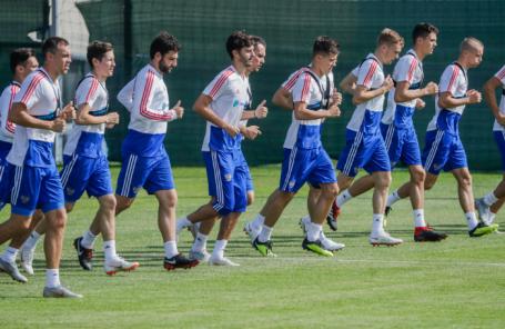 Тренировка сборной РФ по футболу в преддверии матча Лиги наций УЕФА со сборной Турции