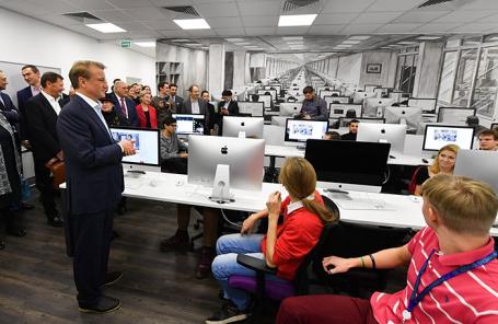 Глава Сбербанка Герман Греф на церемонии открытия «Школы 21».