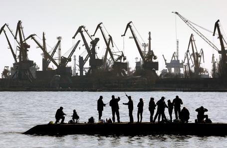 Мариупольский морской торговый порт.