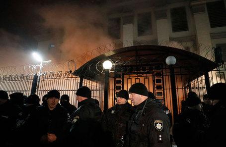 Ситуация у посольства РФ в Киеве.