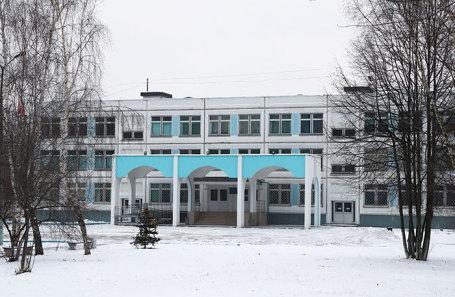 https://cdn.bfm.ru/news/maindocumentphoto/2018/12/03/school.jpg