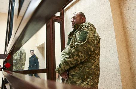 Украинский моряк с одного из кораблей Военно-морских сил Украины, задержанных в Керченском проливе.
