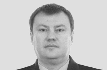 Дмитрий Сенин.