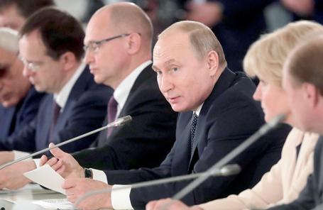 Заседание Совета по культуре и искусству в Санкт-Петербурге.