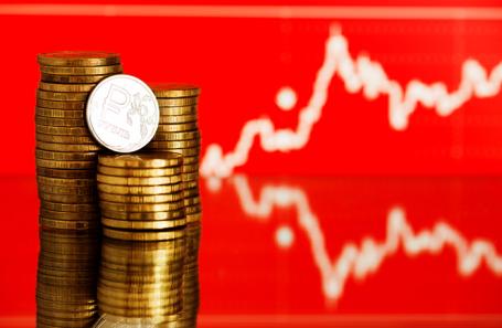 РешениеЦБ поднять базовую ставку укрепило положение рубля набирже