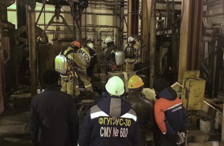 Сотрудники спасательных служб в шахте компании «Уралкалий» в Соликамске, где произошел пожар.