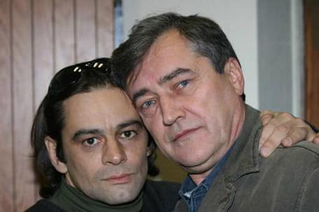Дмитрий Матвеев (справа)