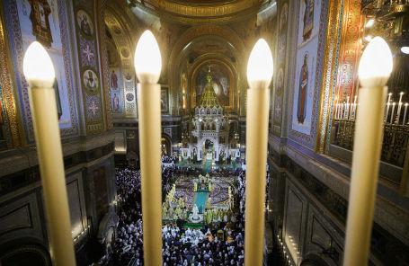 Рождественское богослужение в храме Христа Спасителя.
