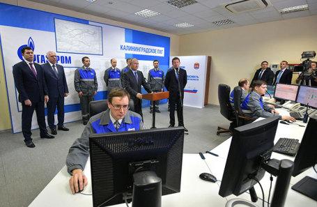 Владимир Путин во время церемонии ввода в эксплуатацию терминала СПГ в Калининградской области.