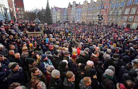 Церемония похорон Павла Адамовича в Гданьске, Польша.