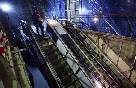 Строительство метро в Санкт-Петербурге.