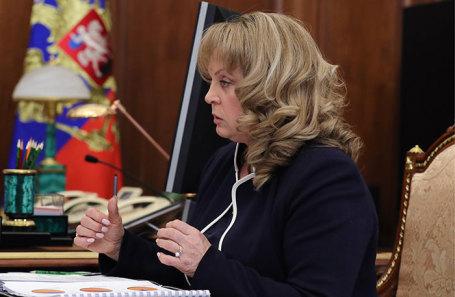 Председатель ЦИК РФ Элла Памфилова во время встречи с президентом РФ Владимиром Путиным в Кремле, 24 января 2019 года.