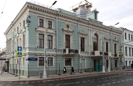 Здание театра на Трубной площади.