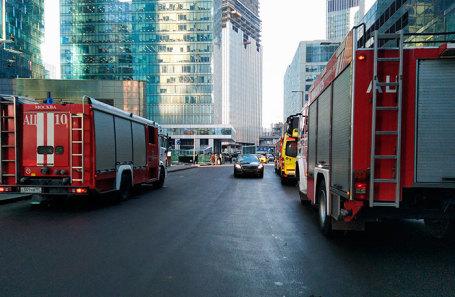 Пожарные машины в комплексе «Москва-Сити».