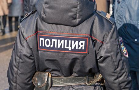 https://cdn.bfm.ru/news/maindocumentphoto/2019/01/26/police_1.jpg