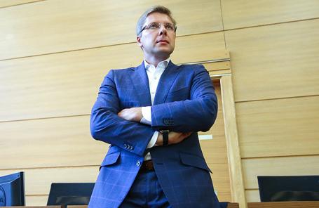 Нил Ушаков.