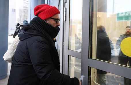 Кирилл Серебренников у Мещанского суда.