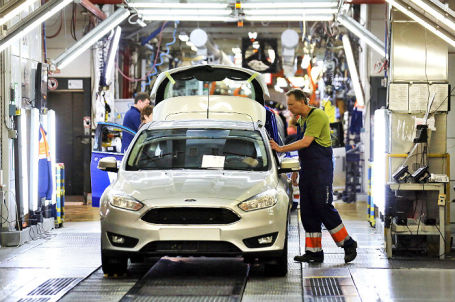 Цех сборки Ford Focus на заводе Ford Sollers.