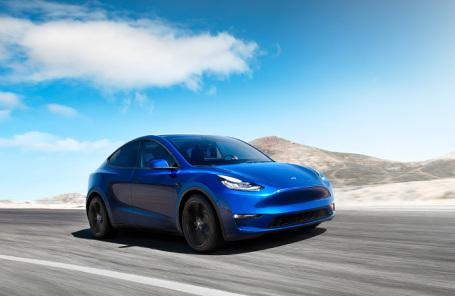 Tesla анонсировала электрокроссовер Model Y