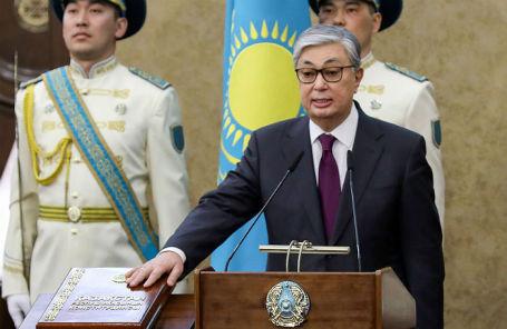 Касым-Жомарт Токаев приносит присягу.
