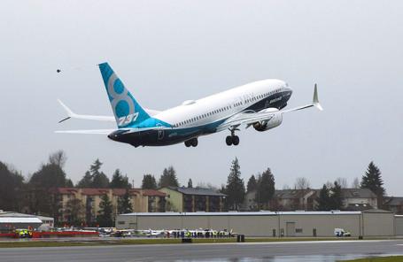 Boeing 737 MAX 8 во время тестового полета.