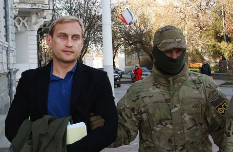 Андрей Филонов (слева).