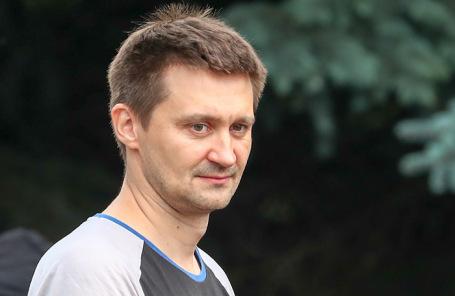 Режиссер сериала «Эпидемия» Павел Костомаров.