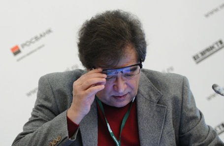 Евгений Бернштам.