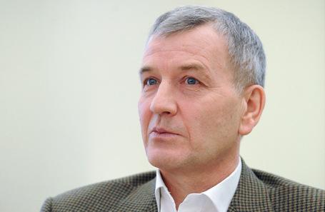 Сергей Петров.