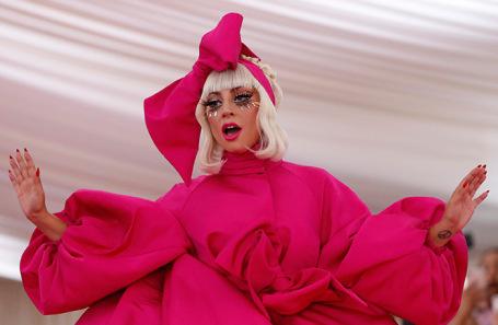 Лэди Гага.