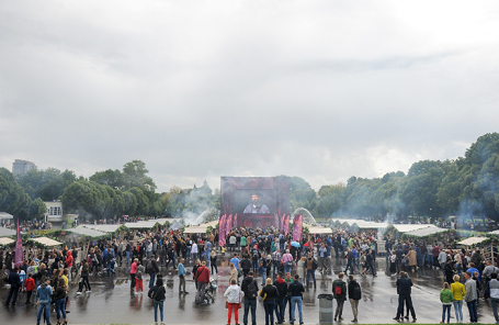 Фестиваль «Шашлык Live» в парке Горького.