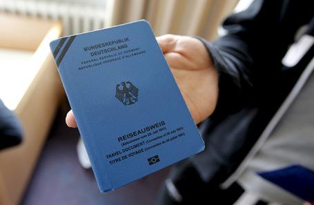 Документ беженца, выданный немецкими властями.