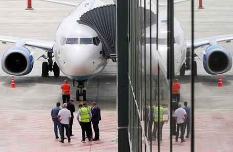 Самолет авиакомпании «Победа» в международном аэропорту Саратова.