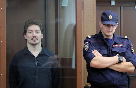 Кирилл Жуков (слева).