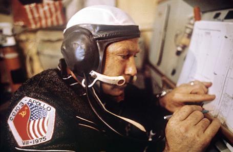 Алексей Леонов на на борту международного космического комплекса «Союз-19»  — «Аполлон». 1975 год.
