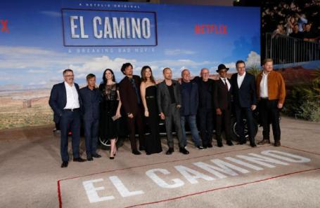 Винс Гиллиган и актеры на премьере El Camino в Лос-Анджелесе