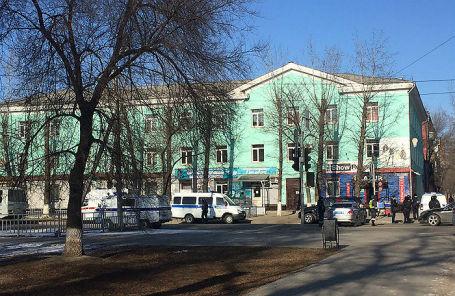 Здание Амурского колледжа строительства и коммунального хозяйства, где студент во время учебного занятия открыл стрельбу.