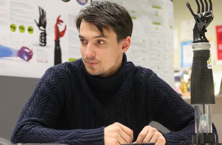 Илья Чех.