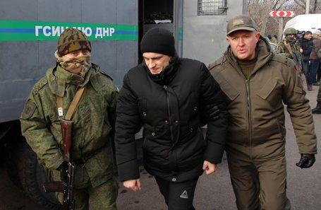 Обмен пленными между республиками Донбасса и Украиной.