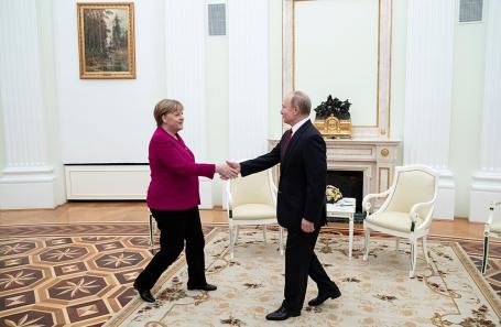 Владимир Путин и Ангела Меркель на встрече в Кремле.