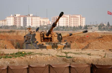 Военная техника армии Турции на турецко-сирийской границе. Архивное фото.