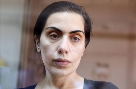 Карина Цуркан.