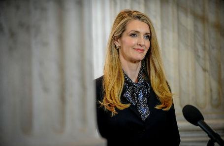 Сенатор Келли Леффлер.