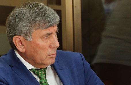 Дагир Хасавов.