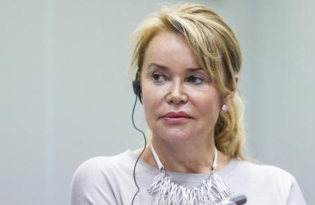 Елена Брусилова.