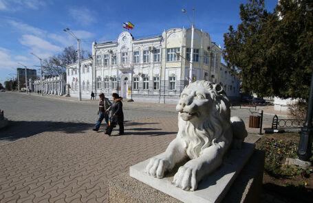 Вид на Евпаторийский городской совет.