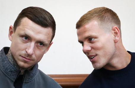 Павел Мамаев и Александр Кокорин (слева направо).