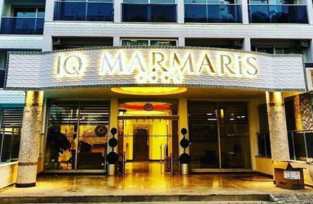 Российских туристов ночью выселили из отеля в Турции — у IQ Marmaris не оказалось лицензии